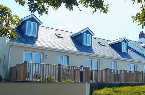 Big Cottages - Joyful Cottage