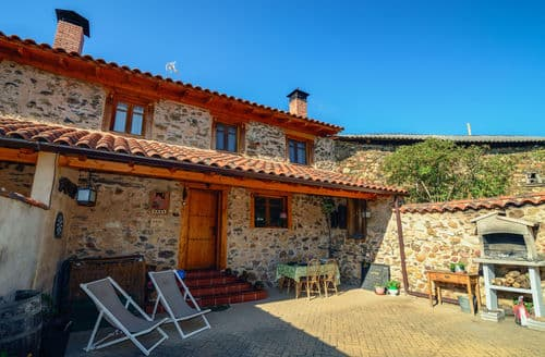 Last Minute Cottages - Casa rural Benllera