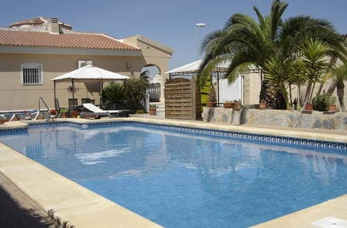 Last Minute Cottages - Villasol