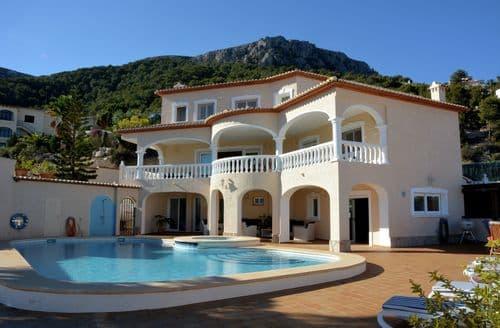 Last Minute Cottages - Villa Oltamar Vista