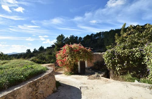 Last Minute Cottages - Can Maximo