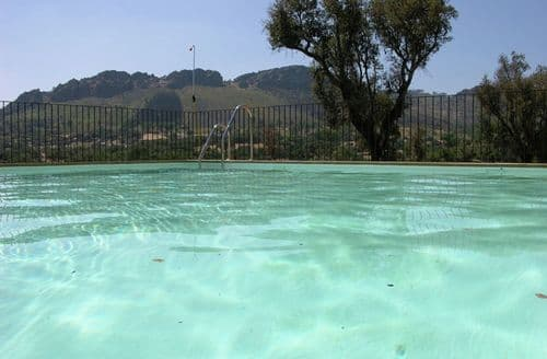 Last Minute Cottages - Quinta de la Sierra