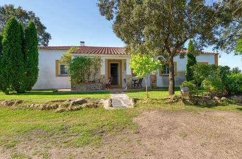 Last Minute Cottages - Malvarrosa