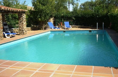 Last Minute Cottages - Cabaña Poleo
