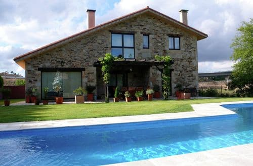 Last Minute Cottages - Wonderful Costoia, Ames (A Coruña) Cottage S149396