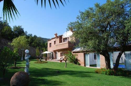 Last Minute Cottages - Villa Nadia