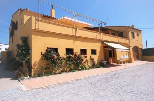 Last Minute Cottages - Mas Lacosta