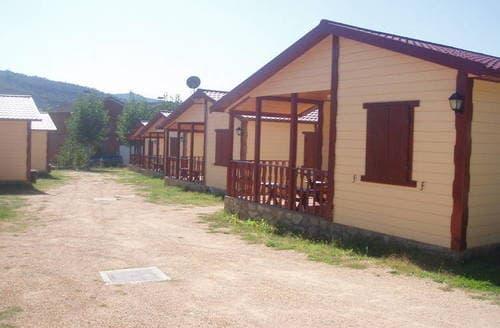 Last Minute Cottages - Vakantiepark Isábena 3