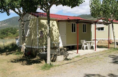 Last Minute Cottages - Vakantiepark Isábena 8