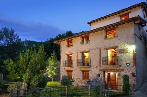 Last Minute Cottages - Villa Liquidámbar II