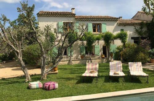 Last Minute Cottages - Villa Arles