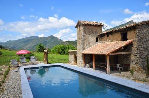 Last Minute Cottages - Villa Drome