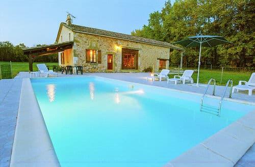 Last Minute Cottages - Maison avec piscine dans une nature préservée