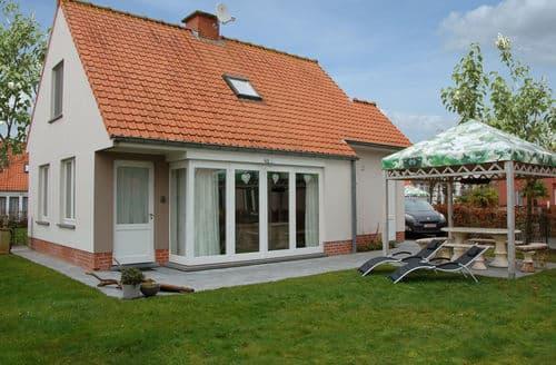 Last Minute Cottages - Maison les Iris