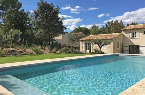 Last Minute Cottages - Mazet provencale