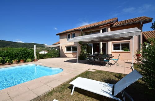 Last Minute Cottages - Villa entre Macon et Beaujolais