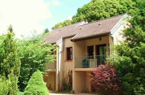 Last Minute Cottages - Sur les Cailloux