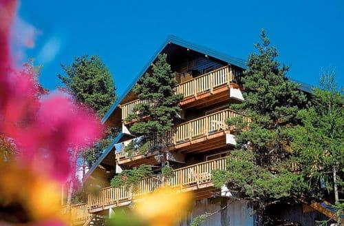 Last Minute Cottages - Les Chalets d'Aurouze 1