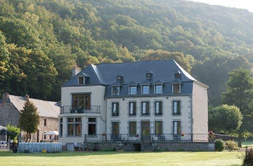 Last Minute Cottages - Château du Risdoux