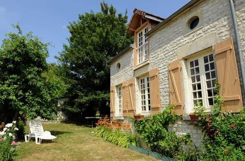 Last Minute Cottages - La Centième
