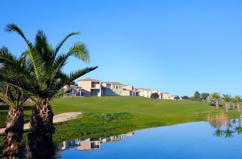 Last Minute Cottages - Golf de la Cabre d'Or