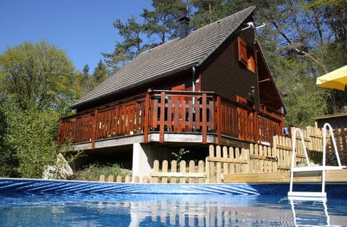 Dog Friendly Cottages - Chalet -   BEAULIEU