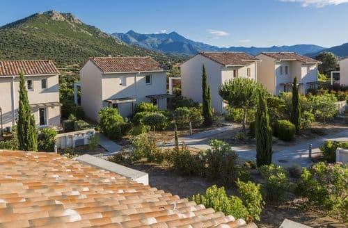 Last Minute Cottages - Résidence-Club les Villas Bel Godère 1