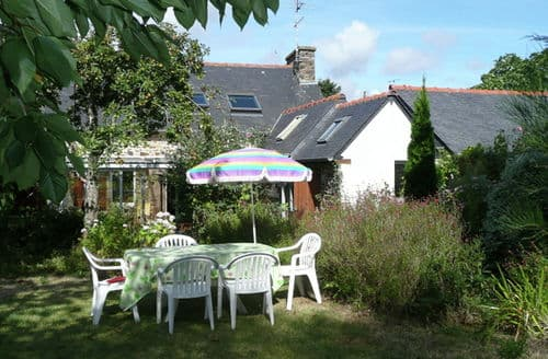Last Minute Cottages - La petite maison