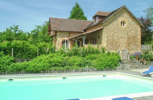 Last Minute Cottages - La Guichardie Maison et Grange 36 P