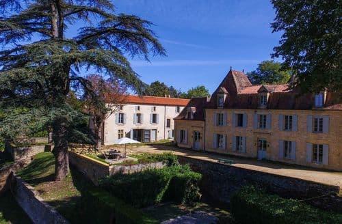 Last Minute Cottages - La Dépendance