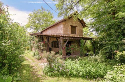 Last Minute Cottages - La Bergerie