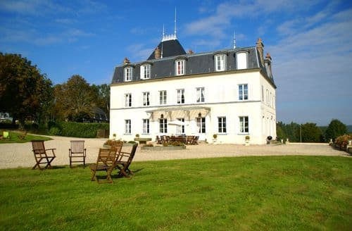 Last Minute Cottages - Château Saint Gervais