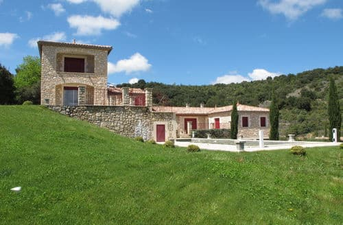 Last Minute Cottages - Villa des 4 vents C
