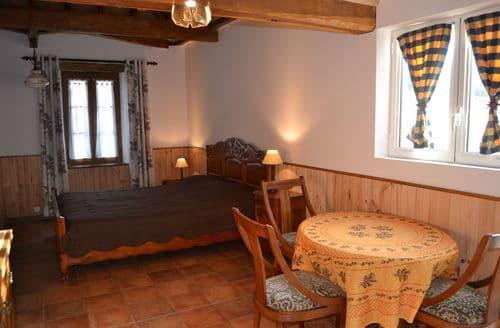 Last Minute Cottages - Domaine du Moulin des Sandaux 2