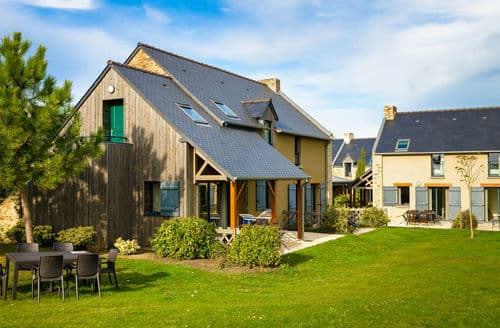 Last Minute Cottages - Les Hauts de la Houle 1