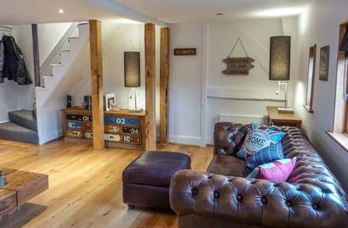 Last Minute Cottages - Vine Cottage