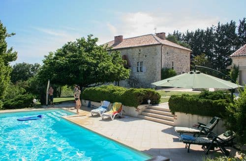 Last Minute Cottages - Le Sempesserre
