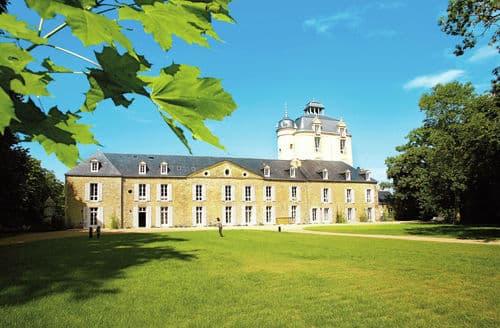 Last Minute Cottages - Le Château de Keravéon 2