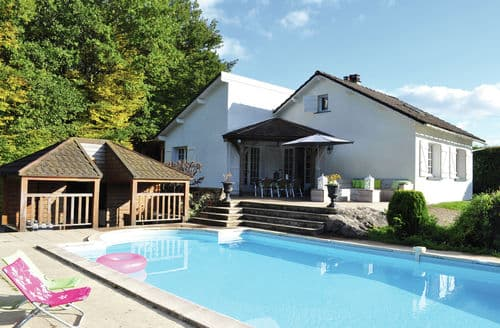 Last Minute Cottages - Champ Rebouleau Dun les Places