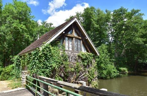 Last Minute Cottages - Le Moulin
