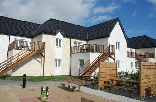 Last Minute Cottages - Residence Oye Plage 2