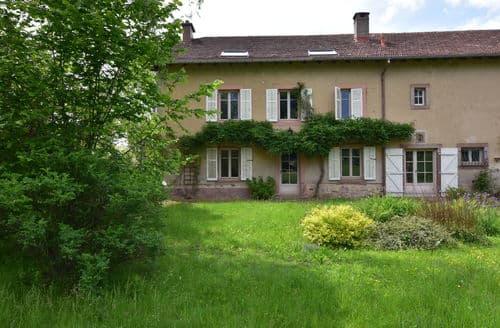 Last Minute Cottages - Val du Bleu