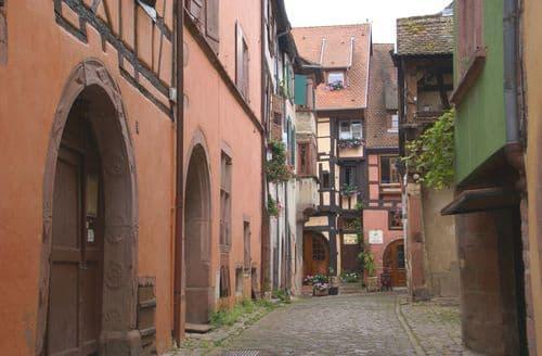 Last Minute Cottages - La Kuch