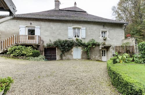 Last Minute Cottages - Maison de Vacances -  Charcenne