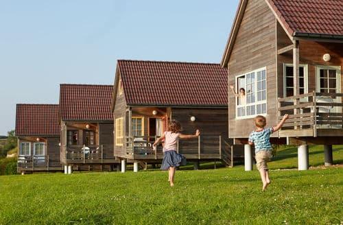 Last Minute Cottages - Le Domaine du Val 2