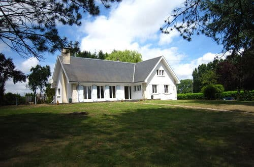 Last Minute Cottages - Villaplé