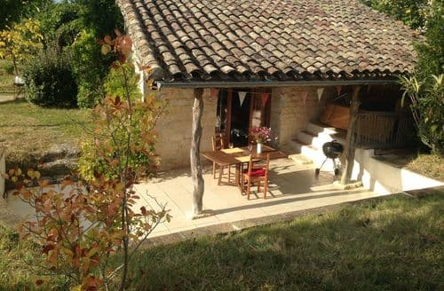 Last Minute Cottages - Le Duras