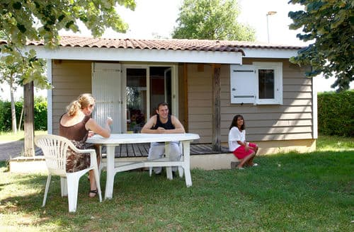 Last Minute Cottages - Le Domaine du Cèdre 3