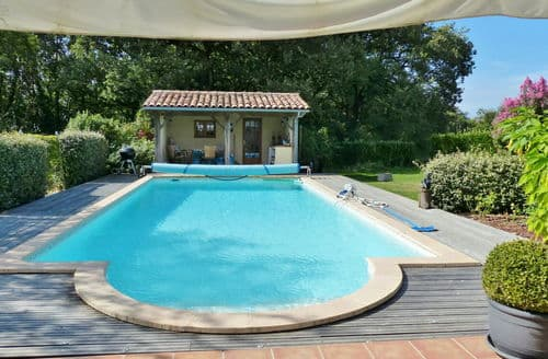 Last Minute Cottages - Le Soleil
