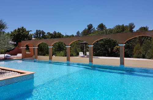Last Minute Cottages - Luxury apartment Sainte Maxime 2